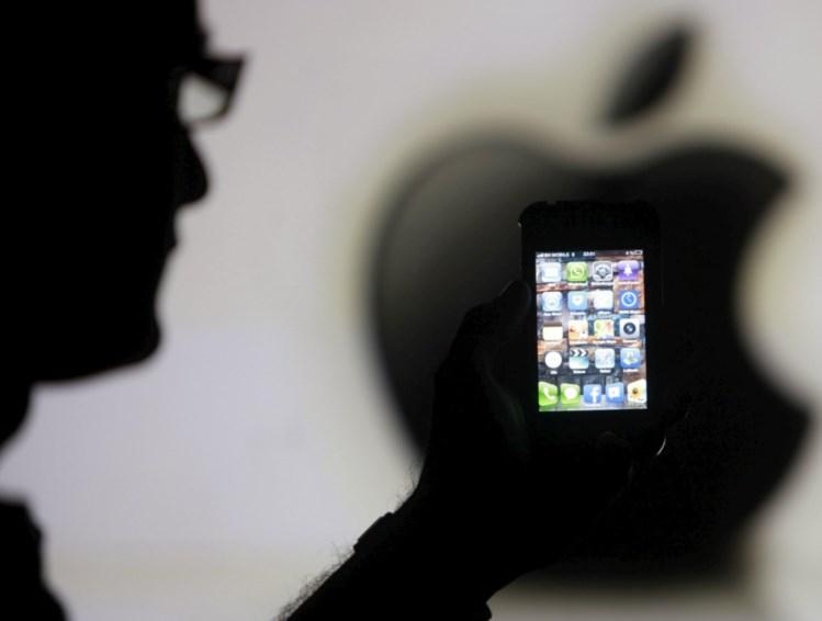 Apple regressa às novidades após