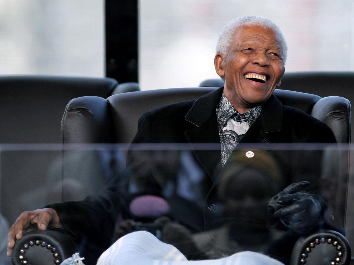 Morreu Nelson Mandela: A liberdade como obra